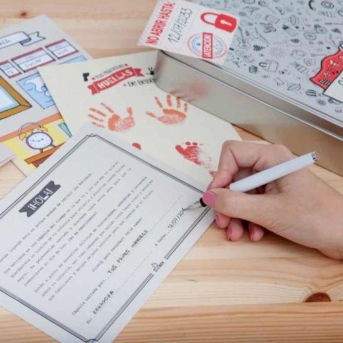 Cápsula del tiempo bebés Baby Retrobox: carta presentación para el niño del futuro