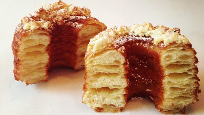 Cronut, mezcla de cruasán y donuts
