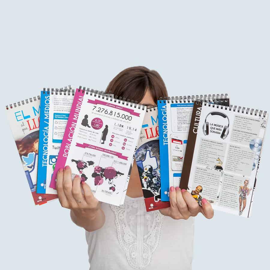 Cápsula del tiempo para niños y niñas Peque Retrobox: fichas de acontecimientos