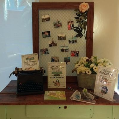 Rincón del libro firmas en una boda MyRetrobox