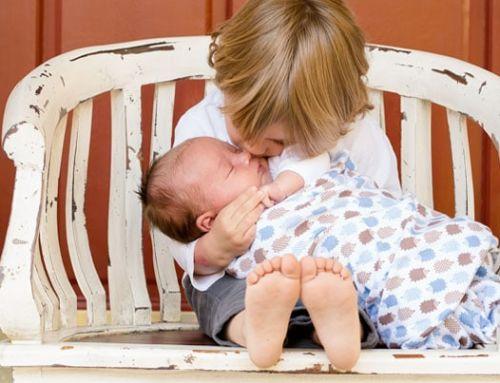 Qué regalar a un bebé que tiene un hermano mayor