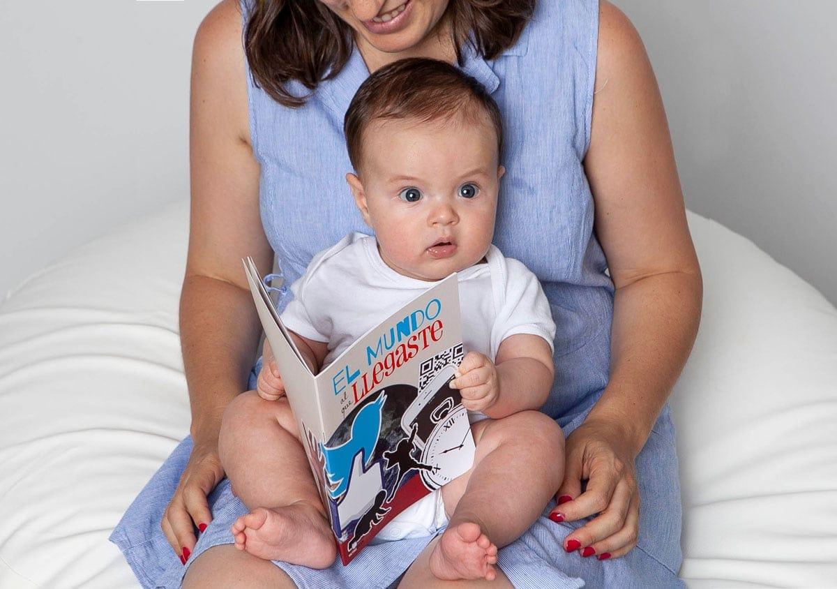 CUaderno de acontecimientos del año de nacimiento del bebé