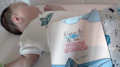 Diario de bebé para sus primeros recuerdos