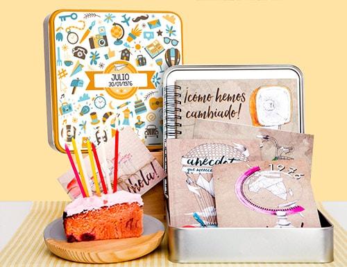 Capsula del tiempo adultos Retrobox Cumpleaños Feliz